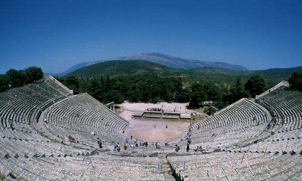 에피다우로스 극장 전경